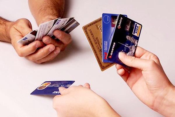 Преимущества банковских карточек